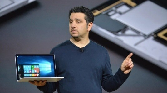 Microsoft, Ekim Ayı Sonunda Yeni Bir Surface Cihaz Duyurabilir