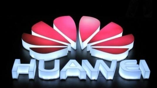 Huawei Mate 10 Alps ve Blanc Versiyonları Detayları ile Ortaya Çıktı