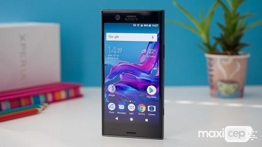 Sony 4K OLED Ekran Paneline Sahip Bir Akıllı Telefon Üzerinde Çalışıyor