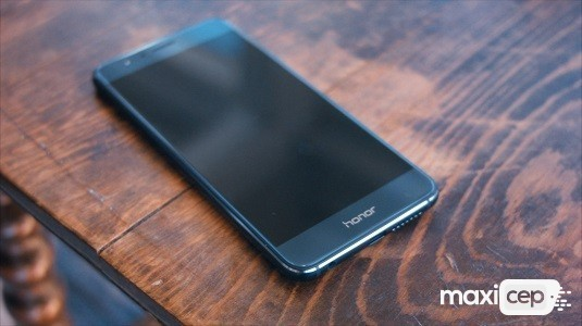 Huawei Honor 8 İçin 3D Panorama ve Geri Dönüşüm Kutusu Özellikleri Geldi