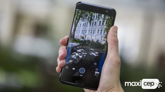 HTC U12, MWC 2018'de tanıtılmayacak
