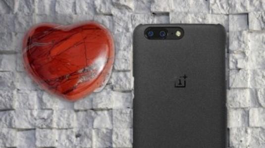 OnePlus 5T'nin SandStone Versiyonu Geliyor