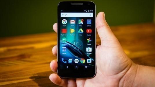 Lenovo Moto G4 Play için, Android Nougat güncellemesi yayınladı