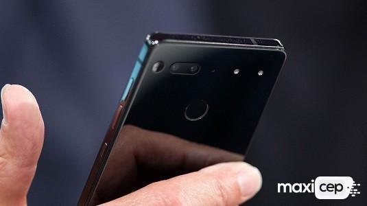Essential Phone Ocak Ayı Güvenlik Yaması İçeren Yeni Güncelleme Almaya Başladı