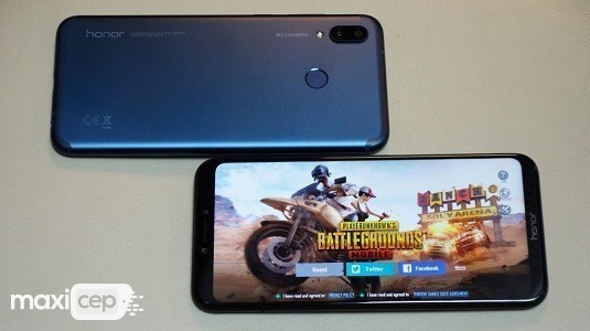 Huawei Honor Play GPU Turbo ve Yapay Zeka İçin Güncelleme Aldı