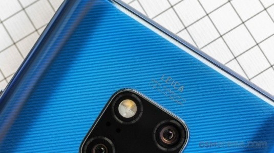 Huawei, 2019'da Dört Kameralı Amiral Gemisi, Katlanabilir ve 10x Optik Zoom'lu Telefonlar Duyuracak