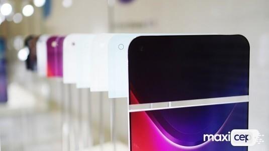 Ekran İçi Kameraya Sahip Huawei Honor View 20 Çalışır Halde Ortaya Çıktı