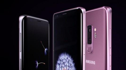 Galaxy S10 Plus Çift Ön Kamera ve Farklı Ekran Tasarımıyla Gelecek