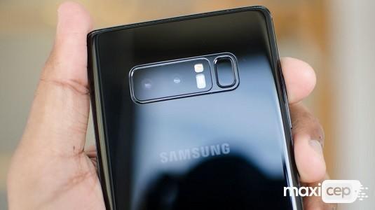 Samsung Galaxy Note8 Android 9 One UI Güncelleme Dosyası Sızdırıldı