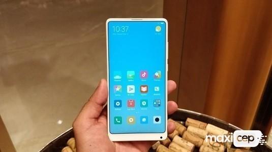 Xiaomi Mi Mix 2s Bir Videoda Çalışır Halde Ortaya Çıktı