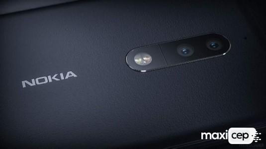 Nokia 9 Kıvrımlı Ekranı İle Kılıf İçerisinde Ortaya Çıktı