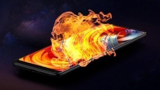 Snapdragon 845'li Xiaomi Mi Mix 2s'in AnTuTu Skoru Ortaya Çıktı