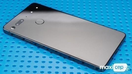 Essential Phone PH-1 İçin Kamera Güncellemesi Geldi