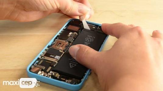 Apple açıklamasıyla şaşırttı: ''Batarya değişimine yetişemiyoruz''