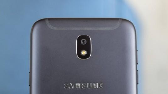 Üç Yeni Samsung Galaxy J Akıllı Telefon, Duyuru Öncesinde Ortaya Çıktı