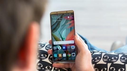 Huawei Mate 11 (veya Mate 20) Ekran İçi Parmak İzi Tarayıcı ile Gelebilir