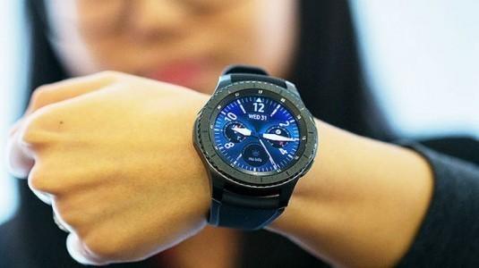 Samsung Gear S4 bu yıl içerisinde tanıtılacak