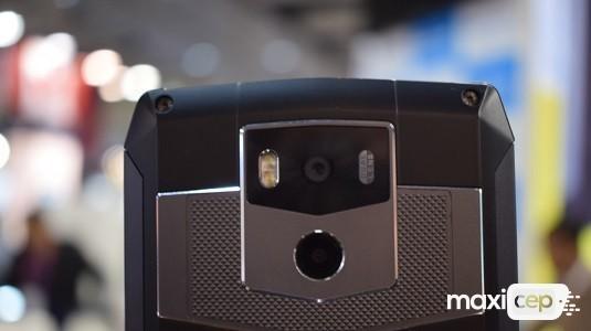 Ulefone Power 5 Modeli 13000 mAh Kapasiteli Pil İle Rekorlar Kitabına Girdi