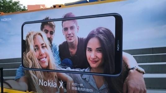Nokia X Çentikli Çerçevesiz Ekranı İle Net Şekilde Ortaya Çıktı