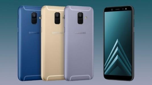 Samsung, Galaxy A6 ve A6 +'ı Üç Aylık Güncelleme Döngüsünü Aldı