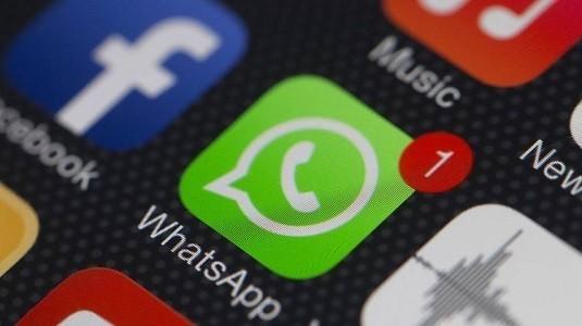 Whatsapp İçin Çıkartmalar ve Grup İçi Videolu Görüşme Özelliği Geliyor