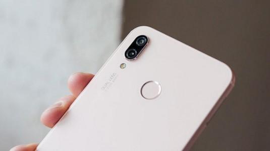 Huawei, 2018'de 200 milyon akıllı telefon satmayı hedefliyo
