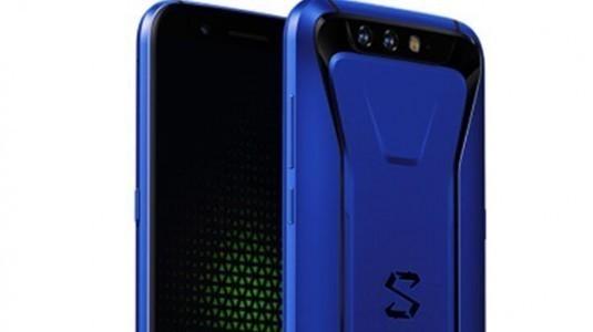 Xiaomi Black Shark yeni renk seçeneğiyle geliyor
