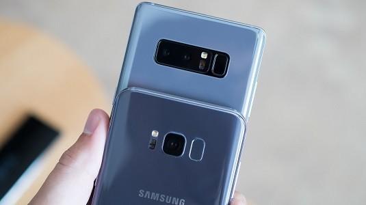 Galaxy S8 ve Note 8 Videolu Kilit Ekranı Özelliğine Kavuştu