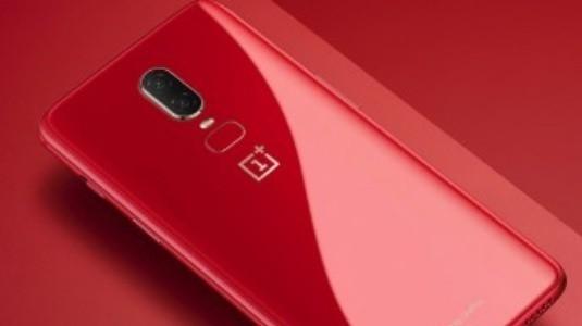 Kırmızı OnePlus 6 Resmiyet Kazandı