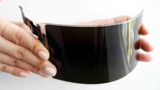 Samsung, Kırılmaz Esnek OLED Akıllı Telefon Ekranını Duyurdu