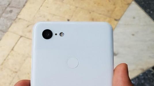 Google Pixel 3 XL'nin Canlı Görüntüleri Sızdırıldı