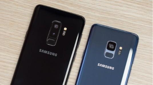 Samsung Üç Farklı Galaxy S10 Geliştiriyorve Bir Tanesinde Ekran İçi Parmak İzi Tarayıcı Olmayacak