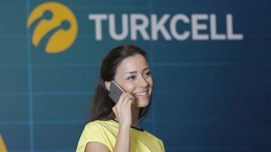 Turkcell'liler bu bayramda 1.7 milyar dakika telefonda konuştu