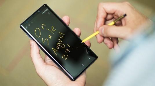 Galaxy Note9 ekranında ışık sızıntısı sorunları çıkıyor