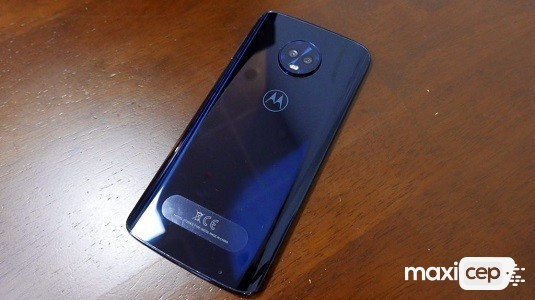 Gizemli Bir Motorola Telefonunun Fotoğrafı Ortaya Çıktı