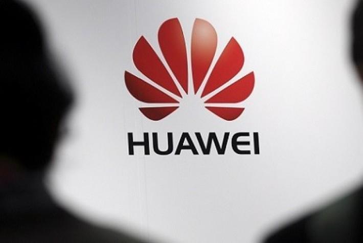 Huawei, akıllı saatinin kadınlara yönelik versiyonlarını ABD'de satışa sundu