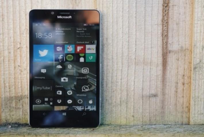 Microsoft,  Windows 10 Mobile Eylem Merkezinde Değişiklik Yapmaya Hazırlanıyor