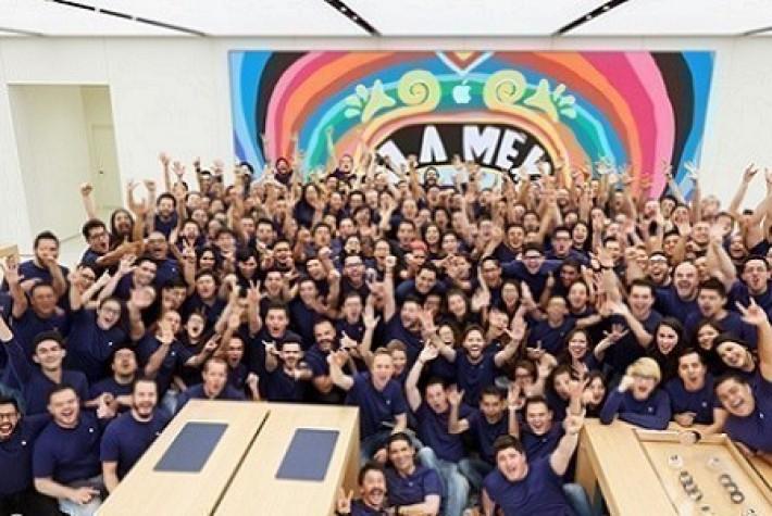 Meksika'da ilk fiziksel Apple Store açıldı